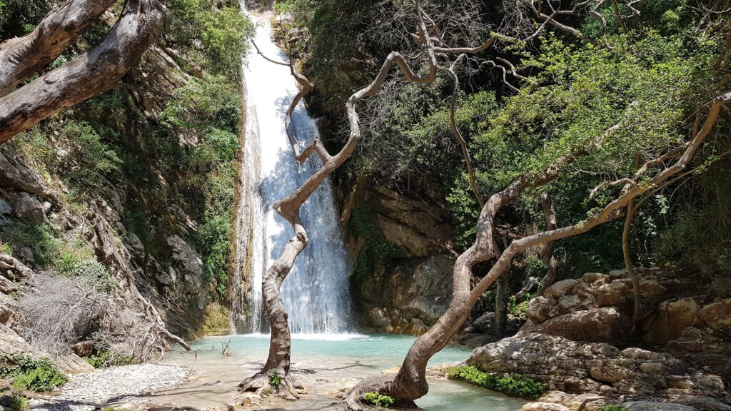 Neda Wasserfälle